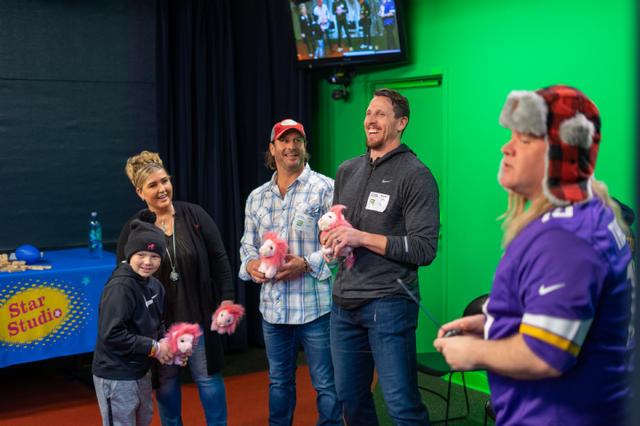 Chad Greenway and Country Music Star Dave McEloy Visit Childrens Minnesota