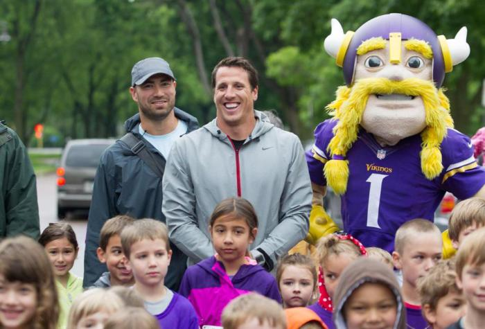 Chad Greenway's Lead The Way Foundation, prolanthropy, chad greenway, Minneapolis, Twin Cities, St. Paul, Hospitals, Manny's Steakhouse